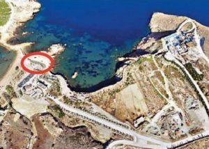 Υπό κατασκευή πολυτελείς τουριστικές εγκαταστάσεις στην Ιο στην περιοχή που ορίζεται από τον κόκκινο κύκλο στην αεροφωτογραφία
